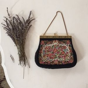Handbags - Vintage Floral Embroidered Clutch